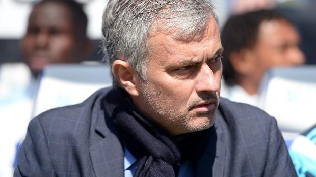 Jose Mourinho's Chelsea could take a significant step to winning the Premier League with victory at Arsenal on Sunday