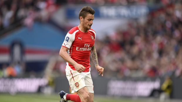 Arsenal defender Mathieu Debuchy has picked up a hamstring injury