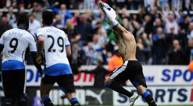 Jonas Gutierrez, right, may have played his last game for Newcastle