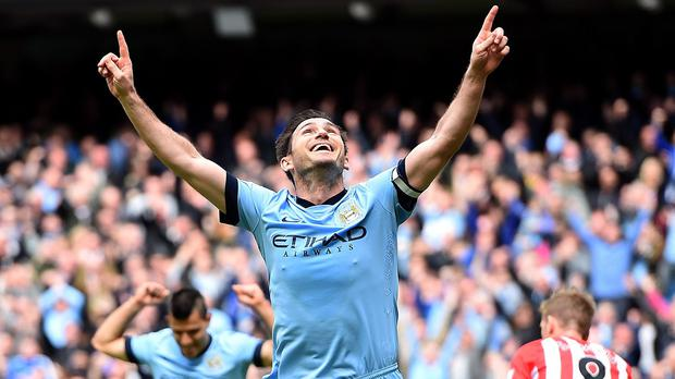 Frank Lampard expects Manchester City and Chelsea to remain the country's top two sides