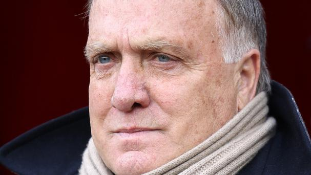 Sunderland head coach Dick Advocaat has confirmed his backroom team