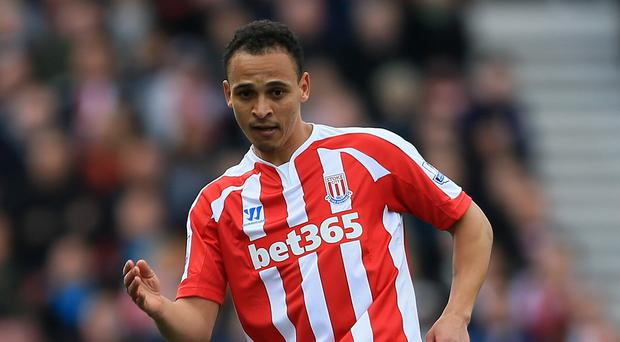 Stoke striker Peter Odemwingie is keen to repay the club after being awarded a contract extension