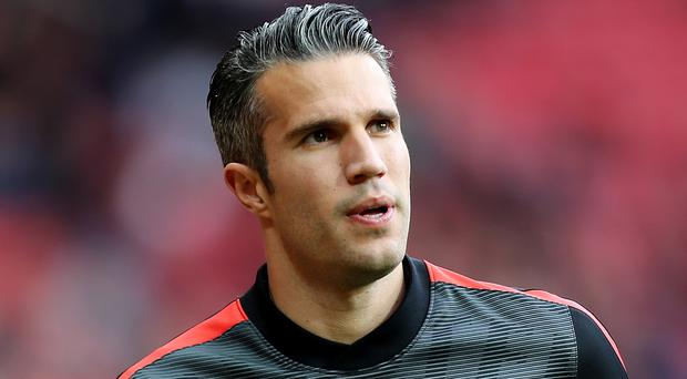 Manchester United striker Robin van Persie is close to completing his move to Fenerbahce