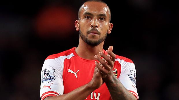 Theo Walcott wants to extend Arsenal stay