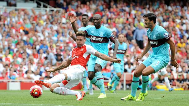 Olivier Giroud could not help Arsenal as they lost at home to West Ham