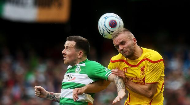 Ryan McLaughlin, right, has joined Aberdeen until January