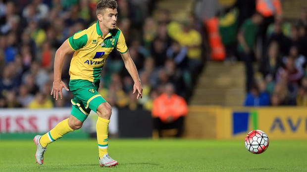 Defender Harry Toffolo has signed a contract extension at Norwich