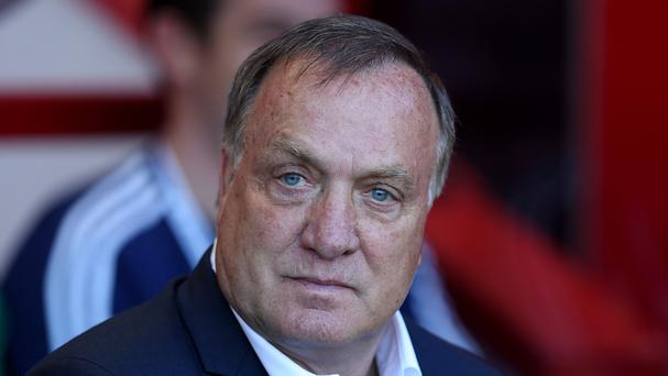 Sunderland head coach Dick Advocaat is looking to get the better of Manchester United counterpart Louis van Gaal