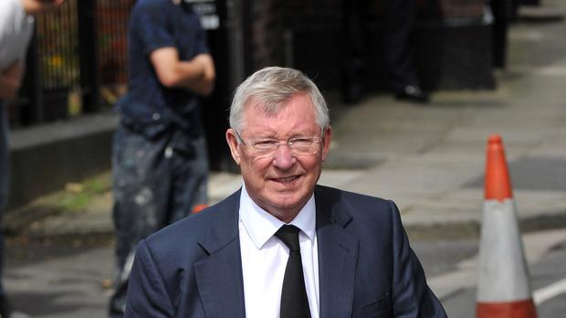 Sir Alex Ferguson has backed his old team to challenge for the title