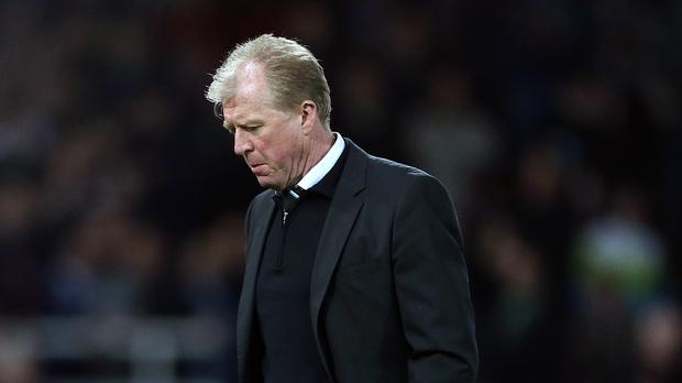 Newcastle coach Steve McClaren is refusing to look at the Premier League standings
