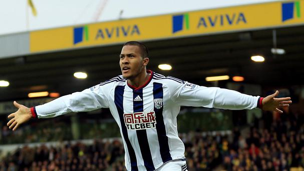 Salomon Rondon celebrates the decisive goal at Carrow Road