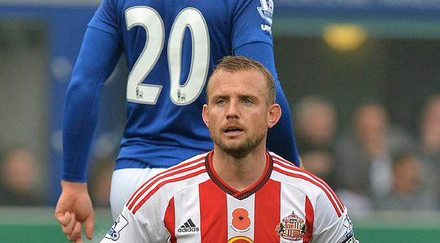 Lee Cattermole has been ruled out of Sunderland's clash with Southampton due to injury