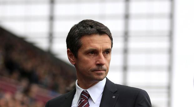 Aston Villa manager Remi Garde wants his players focused during a crucial time in their relegation battle.