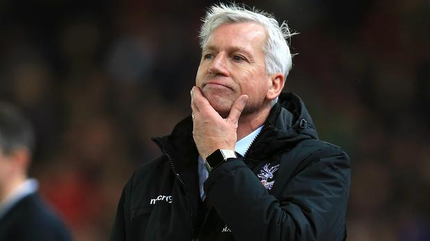 Crystal Palace manager Alan Pardew has opened talks over a new contract