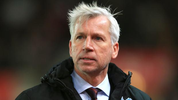 Alan Pardew, pictured, does not appear to be a fan of former Crystal Palace manager Neil Warnock