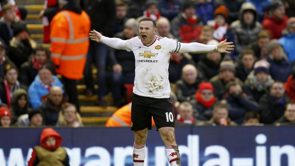 Wayne Rooney scored for the fourth game in a row as Manchester United snatched a win