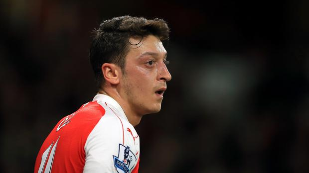 Mesut Ozil is fit to return for Arsenal