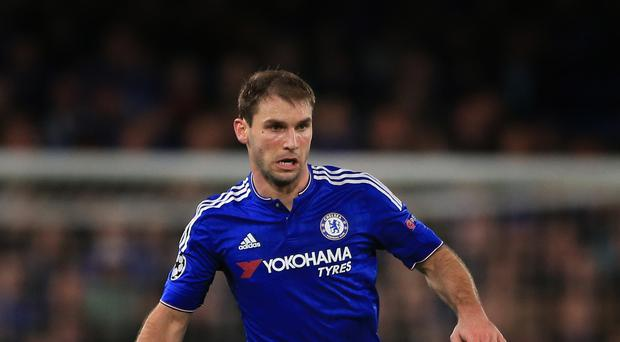 Chelsea's Branislav Ivanovic has signed a new deal with the club.
