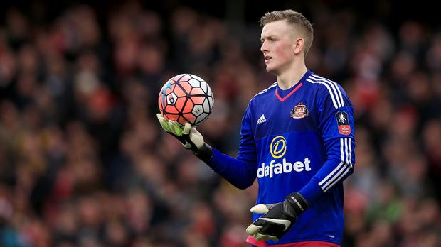 Sunderland keeper Jordan Pickford has signed a new contract