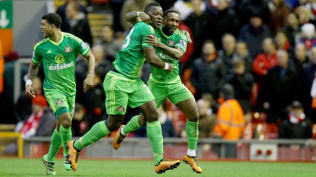 Jermain Defoe, right, rescued a point for Sunderland