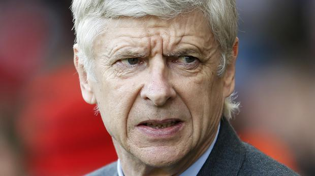 Arsene Wenger has called on both Leicester and Arsenal fans to cancel any in-game protests on Sunday.