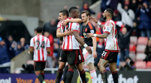 Relegation-battlers Sunderland secured a 2-1 win over Manchester United with a late goal