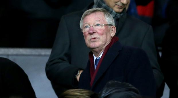 Former Manchester United manager Sir Alex Ferguson has come to the defence of Louis van Gaal