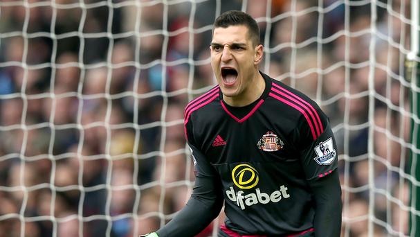 Sunderland keeper Vito Mannone, pictured, is hoping for a brighter future under manager Sam Allardyce