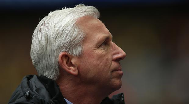 Crystal Palace manager Alan Pardew is eyeing FA Cup glory against the odds