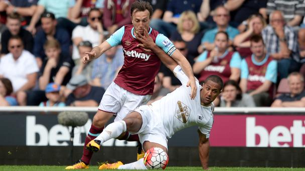 Mark Noble, left, is desperate to say goodbye to Upton Park with a win