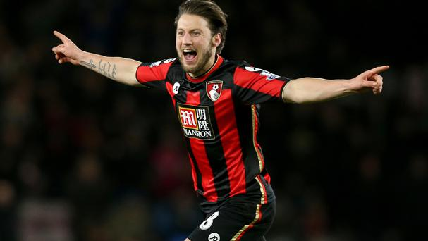 AFC Bournemouth's Harry Arter has signed a new three-year contract