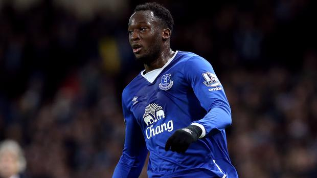 Everton striker Romelu Lukaku's agent has offered hope of him remaining at the club.
