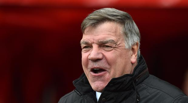 Sunderland manager Sam Allardyce remains the bookmakers' favourite for the vacant England job