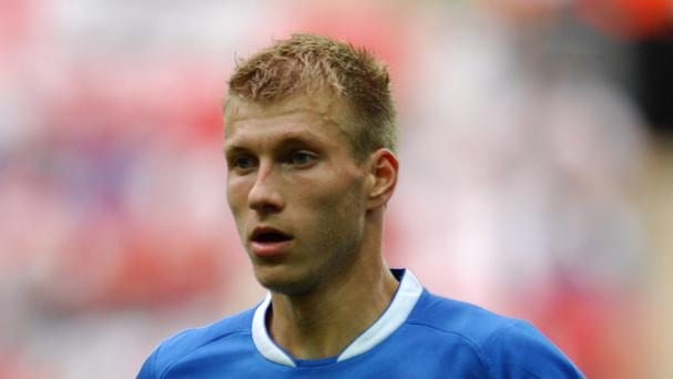Augsburg defender Ragnar Klavan has completed his move to Liverpool.