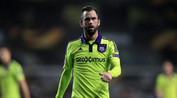 Steven Defour has joined Premier League newcomers Burnley