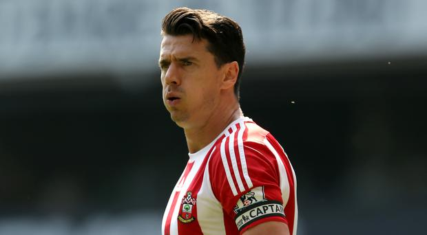 Southampton captain Jose Fonte, pictured, has not been affected by rumours linking him with Manchester United, according to Claude Puel