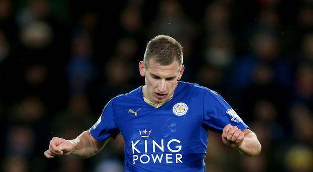Leicester's Marc Albrighton has signed a new deal