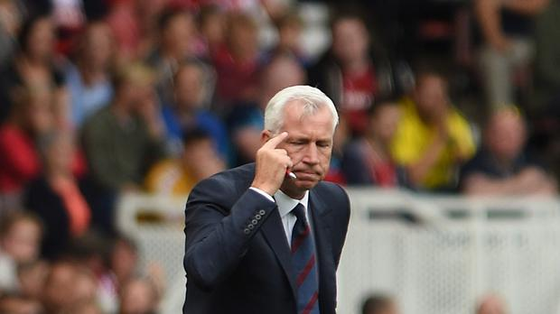 Crystal Palace manger Alan Pardew was told off for stepping out of the box in the 2-1 win against Middlesbrough last weekend