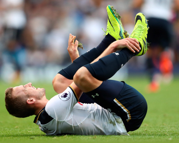 Concern: Harry Kane stays grounded with injury during Spurs' victory over Sunderland