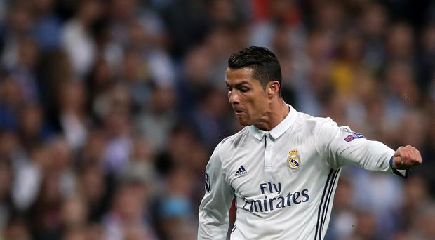 Cristiano Ronaldo is holding out for a longer contract at Real Madrid, according to the Mirror