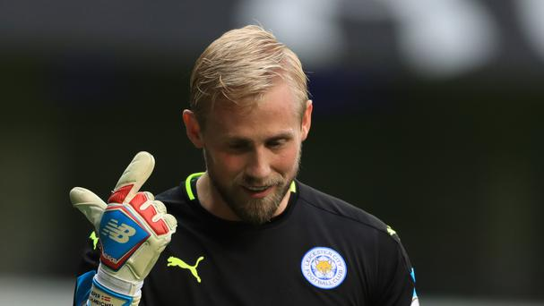 Leicester City goalkeeper Kasper Schmeichel fractured his hand in Denmark on Wednesday night