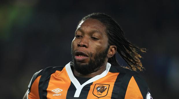 Dieumerci Mbokani is available after suspension