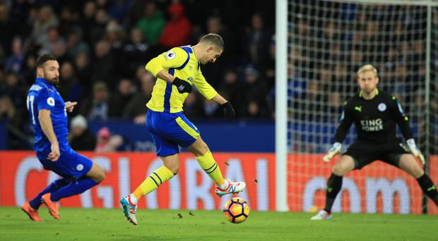 Kevin Mirallas scored Everton's opening goal in their 2-0 win at Leicester