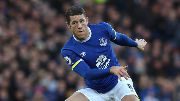 Everton's Ross Barkley has been backed to fulfil his potential
