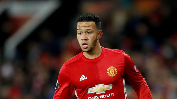 Memphis Depay is on the verge of swapping England for France