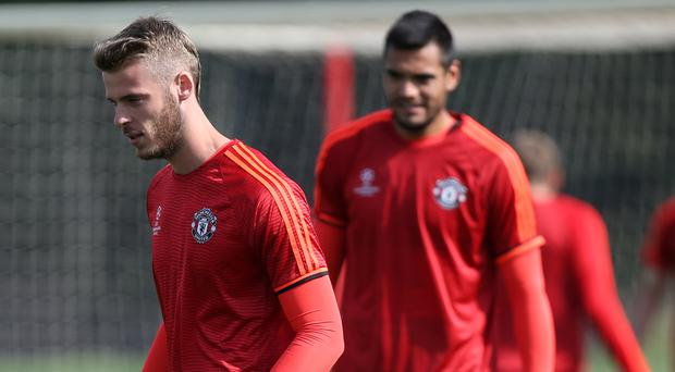 Sergio Romero, right, will continue to back up David De Gea, left, if Jose Mourinho has his way