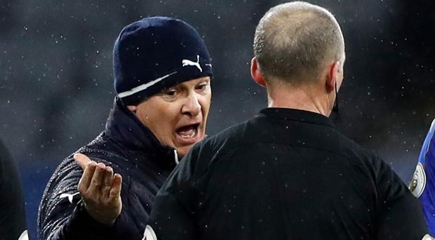 Claudio Ranieri, left, was not happy with referee Mike Dean