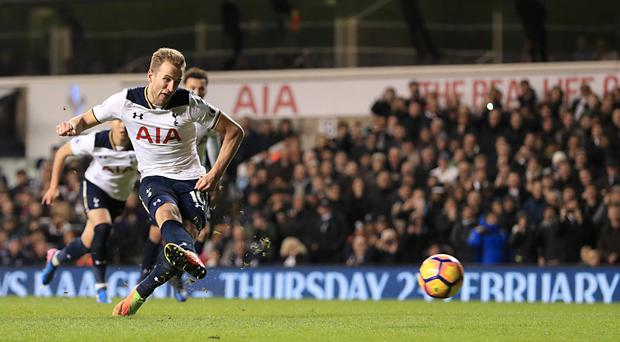 Harry Kane's penalty secured Tottenham a 1-0 win against Middlesbrough on Saturday.