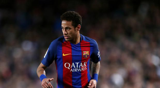 Barcelona star Neymar admires the Premier League