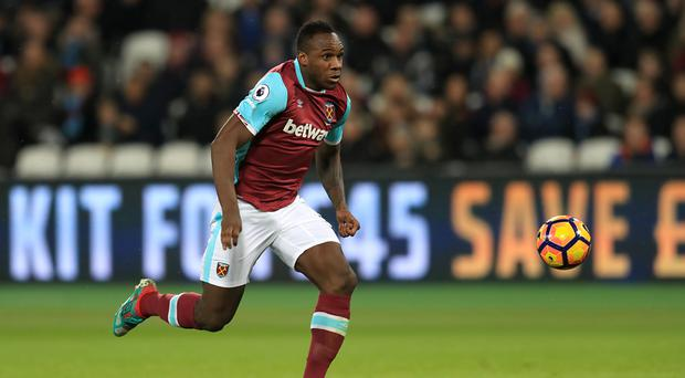 West Ham United are poised to offer Michail Antonio a new contract
